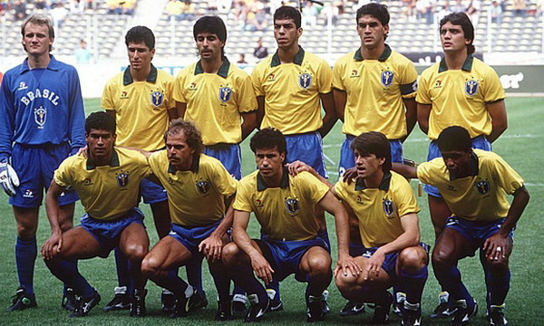 По футболу 1990
